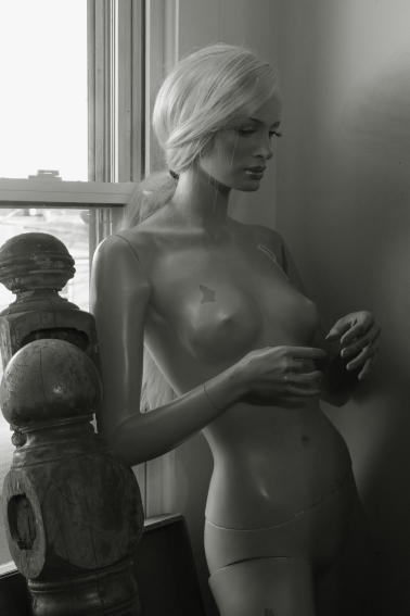 Mannequin in an antique shop; Baltimore, Maryland, USA